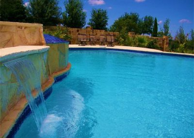 austin-pool-with-limestone-accents