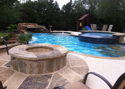beautiful-custom-pool-austin-with-spa-and-fire-pit