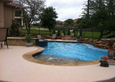 custom-austin-pool-spa-fire-pit