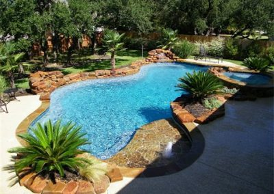 natural-lagoon-pool-and-spa-of-central-texas