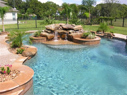 Pool features kb custom pools bee cave tx for Unique swimming pool designs