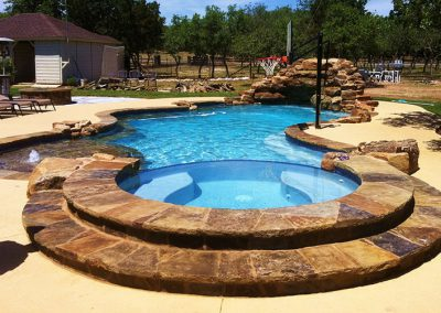 austin-luxury-swimming-pool-by-austin-pool-builder3