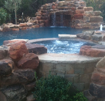 austin-award-winning-pool-and-spa.jpg-nggid03131-ngg0dyn-365x350x100-00f0w010c011r110f110r010t010