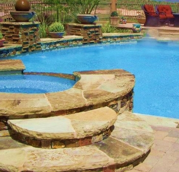 award-winning-custom-stone-pool-and-spa-austin.jpg-nggid03135-ngg0dyn-365x350x100-00f0w010c011r110f110r010t010